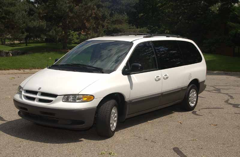 Infiniti Of Ann Arbor >> LE trim, long wheelbase, 7 passenger seating. Two sliding ...
